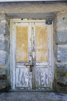 Free Locked Door Royalty Free Stock Photo - 7065225