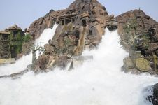 Free Flush Waterfalls Stock Image - 7066441