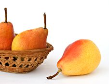 Free Three Pears In Basket Royalty Free Stock Images - 7066509