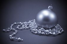Free Christmas Ball Stock Image - 7066681