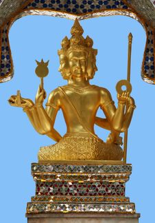 Free Golden Statue In Hong Kong Royalty Free Stock Image - 710666