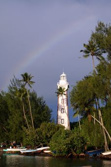 Free Lighthouse Under A Rainbow Stock Images - 711594