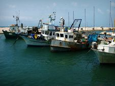 Free Trawlers Royalty Free Stock Photography - 714587