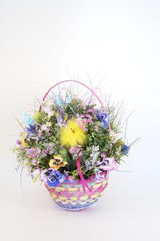 Free Springtime Basket Royalty Free Stock Photo - 716735