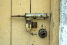 Free Old Door With Padlock Royalty Free Stock Photo - 722615
