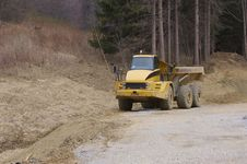 Free Construction Dump Truck Royalty Free Stock Image - 722906