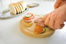 Free Preparing Breakfast Stock Images - 724984