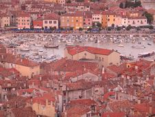 Free Rovinj - Old Town Boat Bay And Promenade Royalty Free Stock Photography - 727047