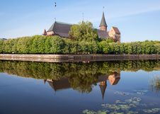 Free River Landscape With Cathedral Stock Photo - 72186050