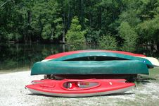 Free Canoes_1 Royalty Free Stock Image - 731686
