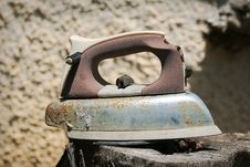 Free Rusty Iron Royalty Free Stock Photo - 733515