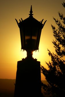 Free Old Light Silhouette Stock Photo - 736080