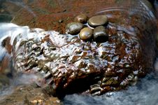 Free River Rock Stock Photography - 736382
