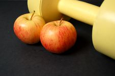 Free Apples And Dumbbell Stock Photos - 738063