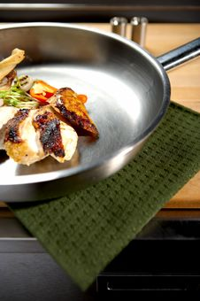 Free Chicken Royalty Free Stock Image - 738376