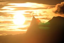 Free Sunset Over Moorea Royalty Free Stock Images - 739199