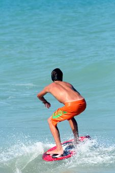 Free Surfer 2 Royalty Free Stock Image - 739356