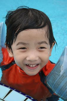 Free Boy In The Pool Stock Photography - 739732