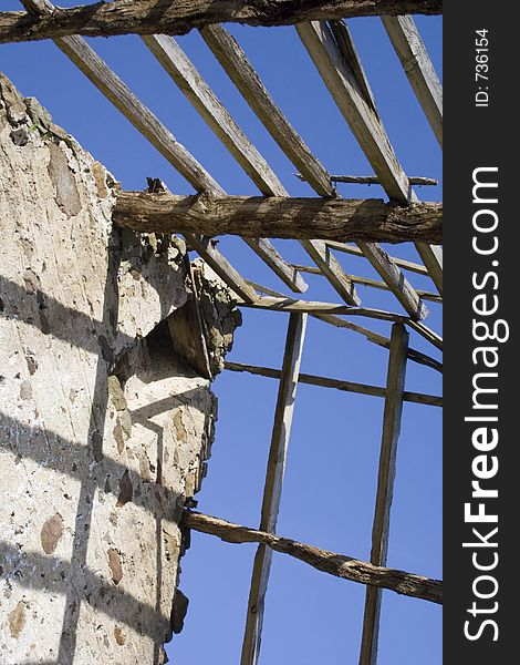 Derelict roof and rotting timbers 1