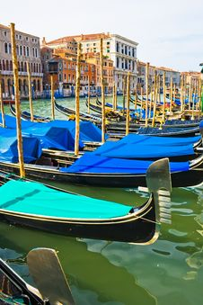 Free Gondolas On Grand Canal Royalty Free Stock Photos - 7314298