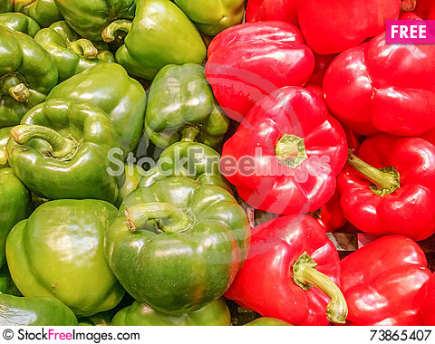 Free Green And Red Bell Paper On Market Royalty Free Stock Photography - 73865407