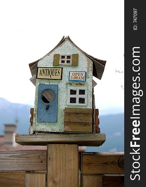 Small bird wood house