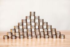 Free Pyramid Of The Coins On The Table Royalty Free Stock Photography - 74191807