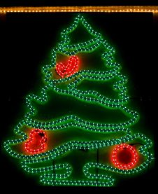 Free Christmas Tree - Xmas Lights Royalty Free Stock Photography - 7497477