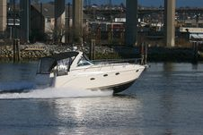 Free Cabin Cruiser Royalty Free Stock Images - 751129