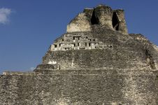 Free Mayan Temple Royalty Free Stock Photography - 757907