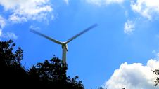 Free Wind Power Generator Royalty Free Stock Image - 75302736