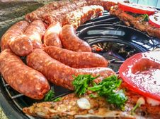 Free Grilled Sausage Romanian Barbeque Stock Photos - 75727893