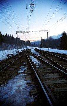 Free Railroads Towards The Horizon Stock Photo - 768010