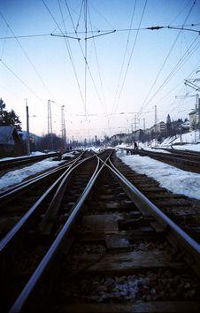 Free Railroads Towards The Horizon 2 Royalty Free Stock Photo - 768015
