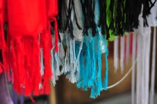 Free Colorful Threads Royalty Free Stock Images - 7691979
