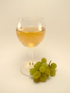 Free White Wine With Grape Stock Image - 773421