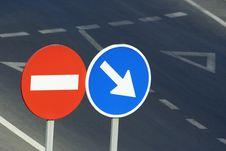 Free Traffic Signals Stock Image - 773951