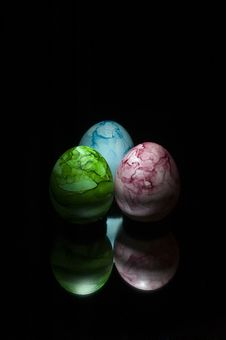 Free Three Colored Eggs Royalty Free Stock Photography - 779807
