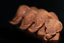 Free Clay Elephants Royalty Free Stock Images - 7707099