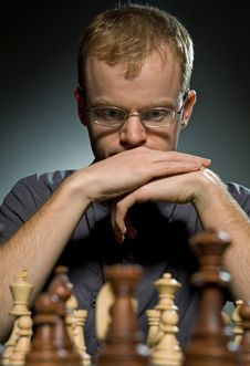 Free Thoughtful Chess Master Royalty Free Stock Photo - 7707675