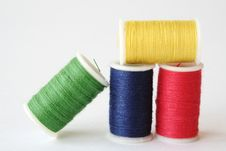 Free Primary Colored Thread Royalty Free Stock Images - 7711629