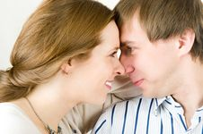 Free Portrait Of Pretty Couple Royalty Free Stock Image - 7713136