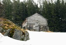 Free Norway Tipical Rural Hut Royalty Free Stock Photography - 7717027