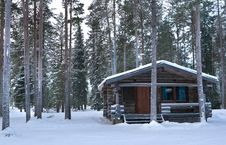 Free Wood Cabin Royalty Free Stock Photo - 7719545