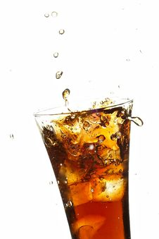 Free Glass With Cola And Ice Royalty Free Stock Photo - 7725425