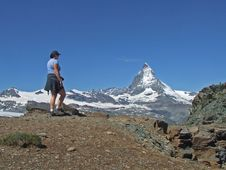 Free Girl With Matterhorn In Background Royalty Free Stock Photos - 7728418
