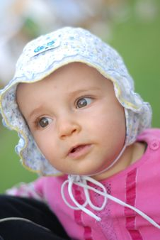 Free Beautiful Little Girl Stock Images - 7732174
