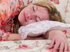 Free Woman Sleeps Royalty Free Stock Photography - 7737637