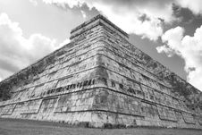 Free Chichen Itza Royalty Free Stock Photo - 7737905