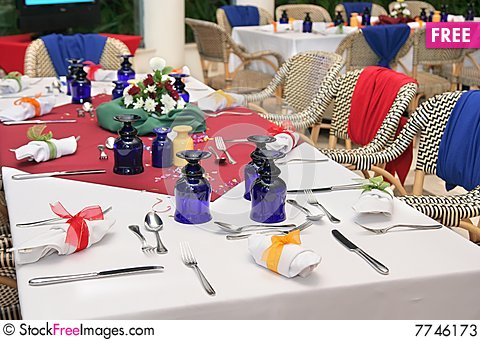 Free Restaurant Table Setup Stock Photos - 7746173